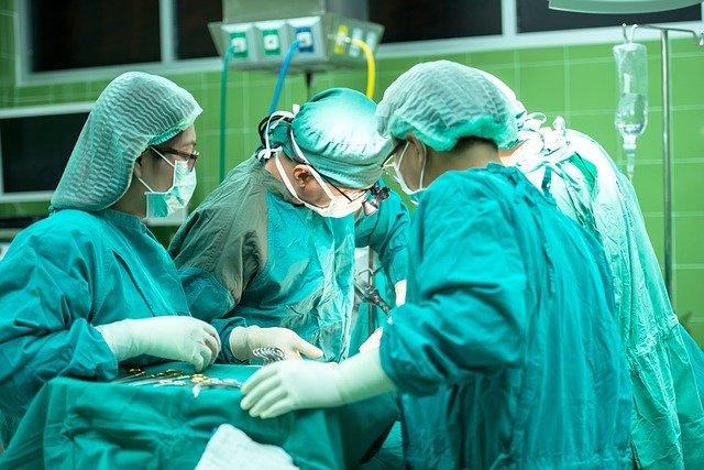 chirurgie esthétique des fesses operation